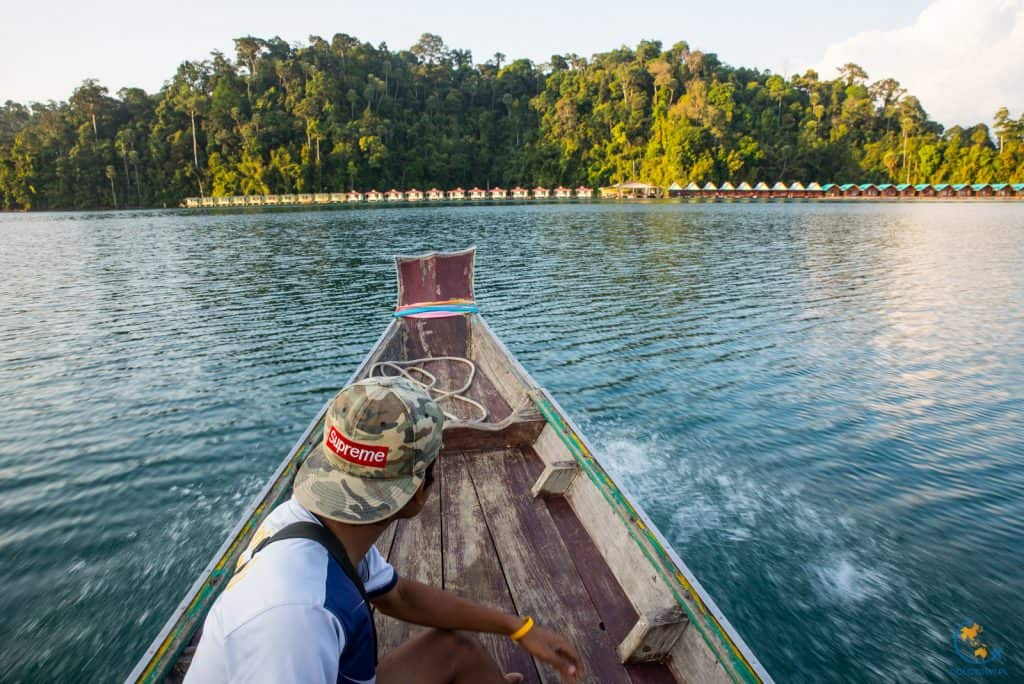 Domki na wodzie - Park Narodowy Khao Sok